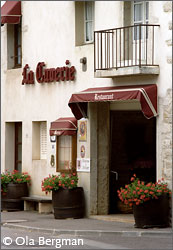 Restaurant La Cuverie in Savigny-lès-Beaune, Burgundy.